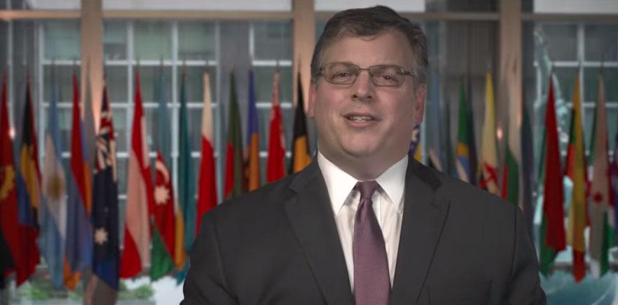"""في اطار برنامج """"تدعيم"""" السفير الأمريكي يزور ولاية قبلي"""