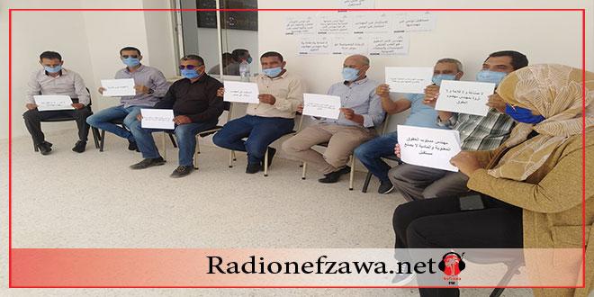 قبلي: اضراب حضوري للمهندسين بالمنشآت و المؤسسات العمومية و تلويح بالتصعيد (صور)