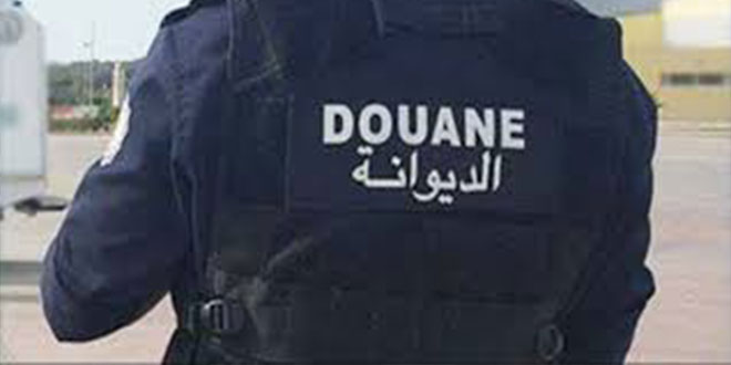 بوشبكة القصرين: إصابة رئيس فرقة و عون في اعتداء مهرّبين على دورية للديوانة  .