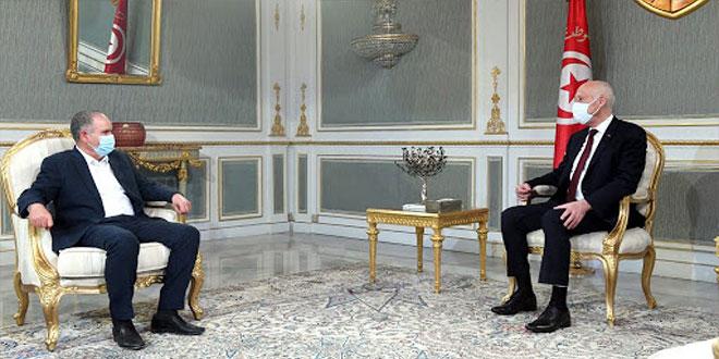 رئيس الجمهورية يقبل بمبادرة الاتحاد العام التونسي للشغل .