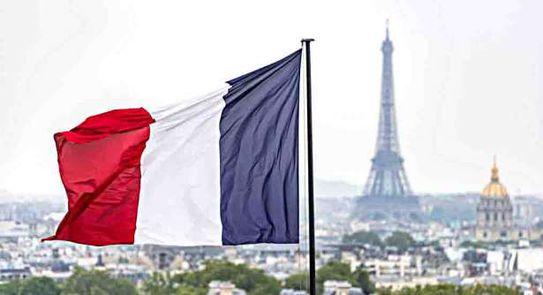 بدءًا من يوم الأحد: التونسيون لن يتمكنوا من السفر من و إلى فرنسا .
